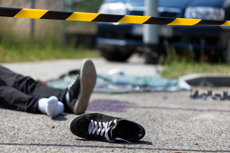 自動車事故のシーン