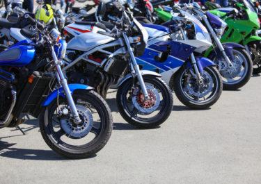 バイクの盗難防止アラームのおすすめを徹底解説!防犯効果を上げる機能と取り付け方法は?管理場所ごとの盗難対策も要チェック