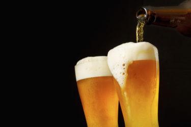 未成年飲酒の防止対策を徹底解説!未成年飲酒による処罰対象者は?未成年の飲酒リスクや飲酒したがる未成年の説得方法も確認