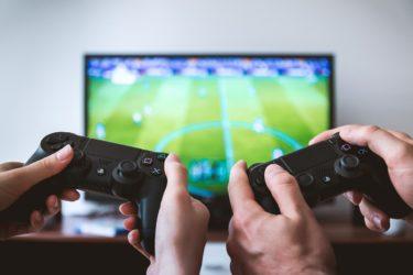 ゲーム依存症の危険性と防止対策法を徹底解説!犯罪に関連づけられるゲーム依存症の症状は?脳に与える悪影響への治療法も確認