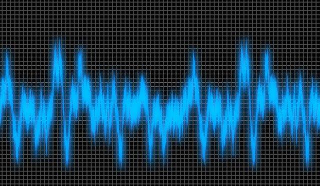 ノイズ 周波数