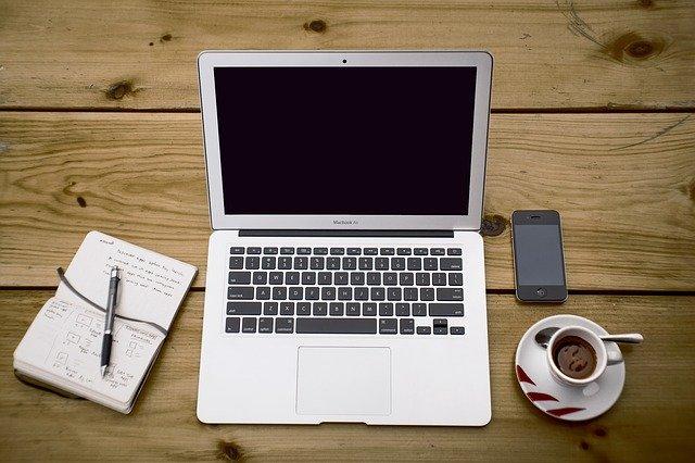 パソコンとメモ帳