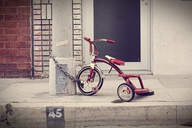 三輪車、チェーン