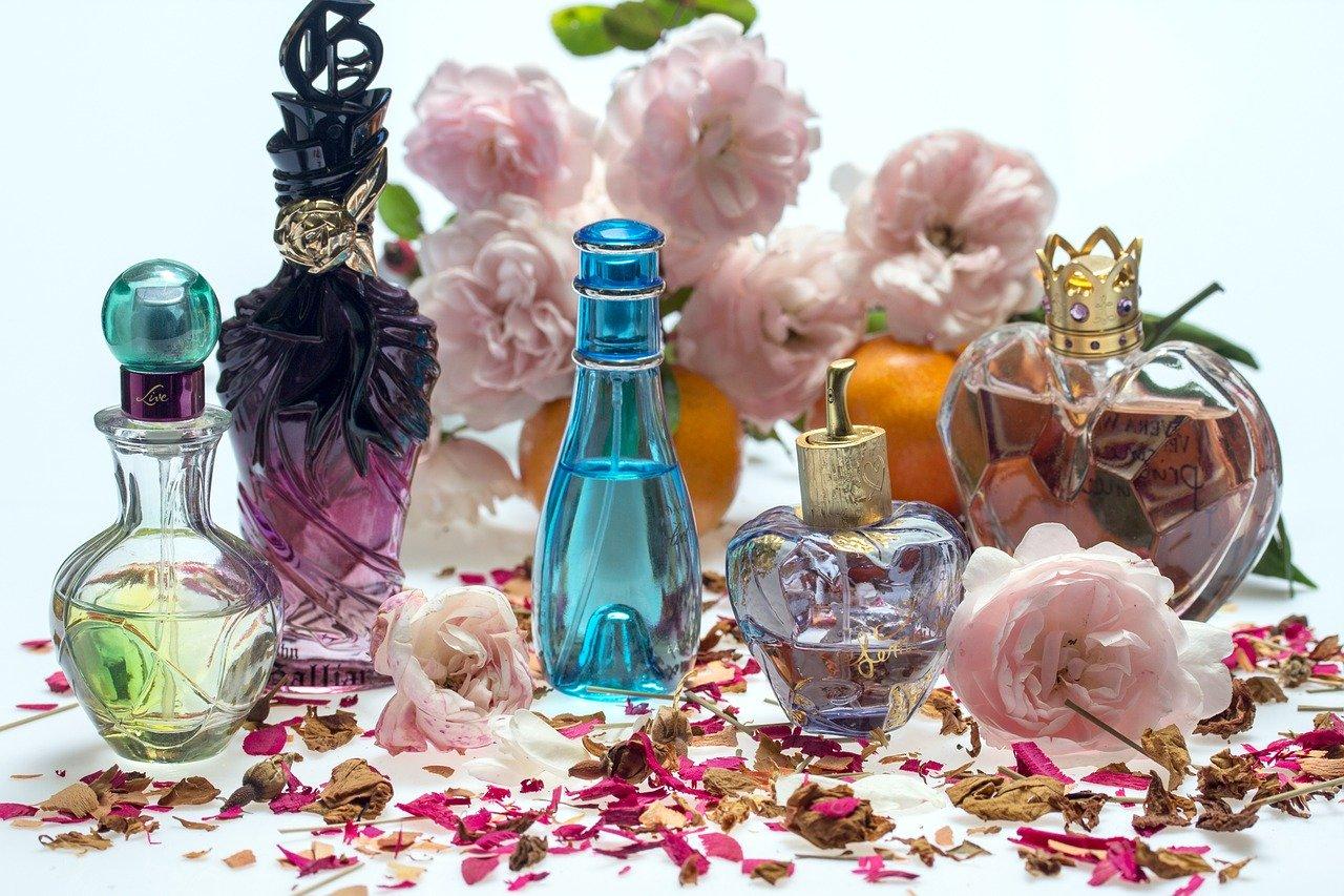still life, roses, perfume